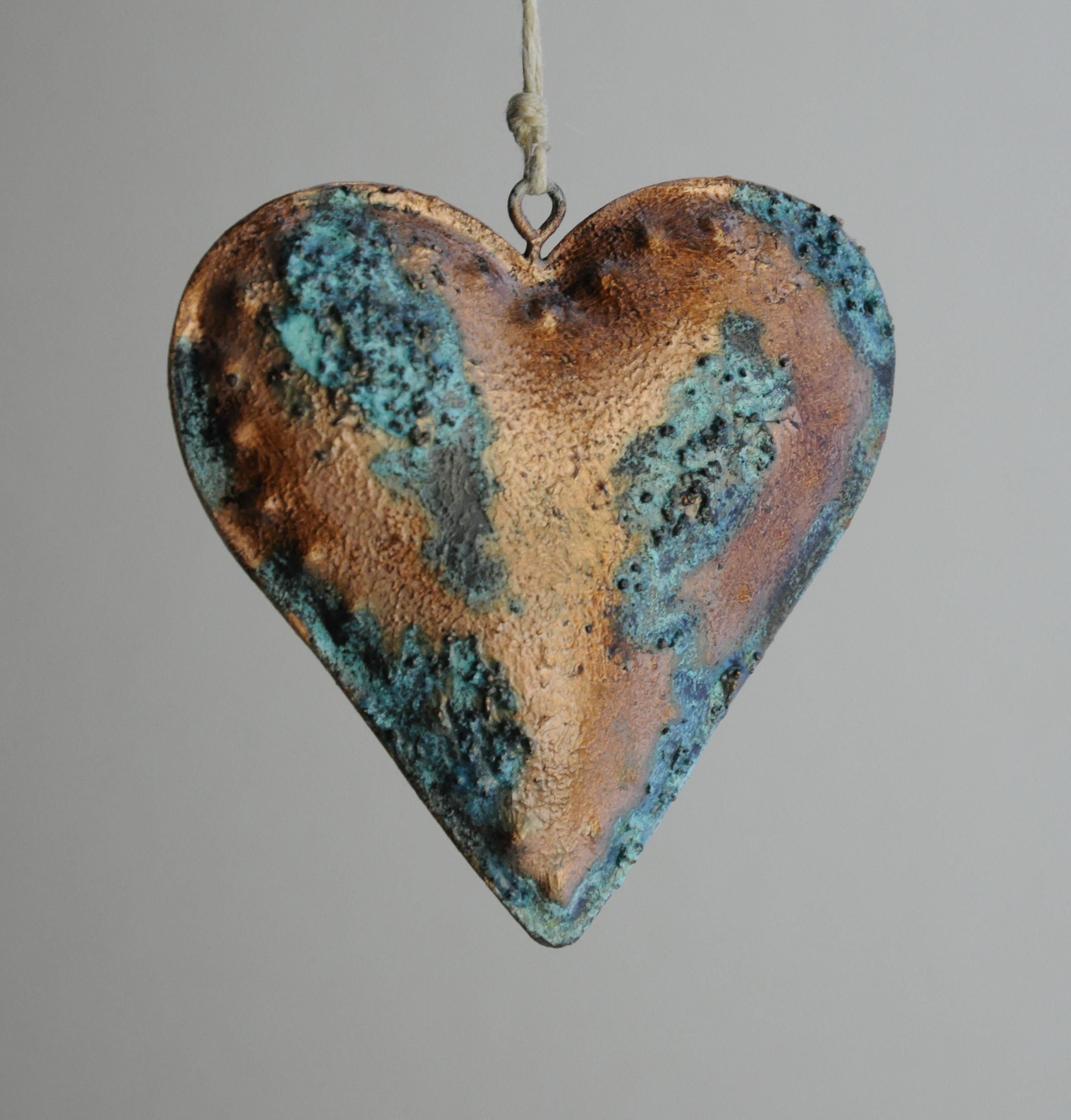 metalowe serce efekt ześniedziałej miedzi