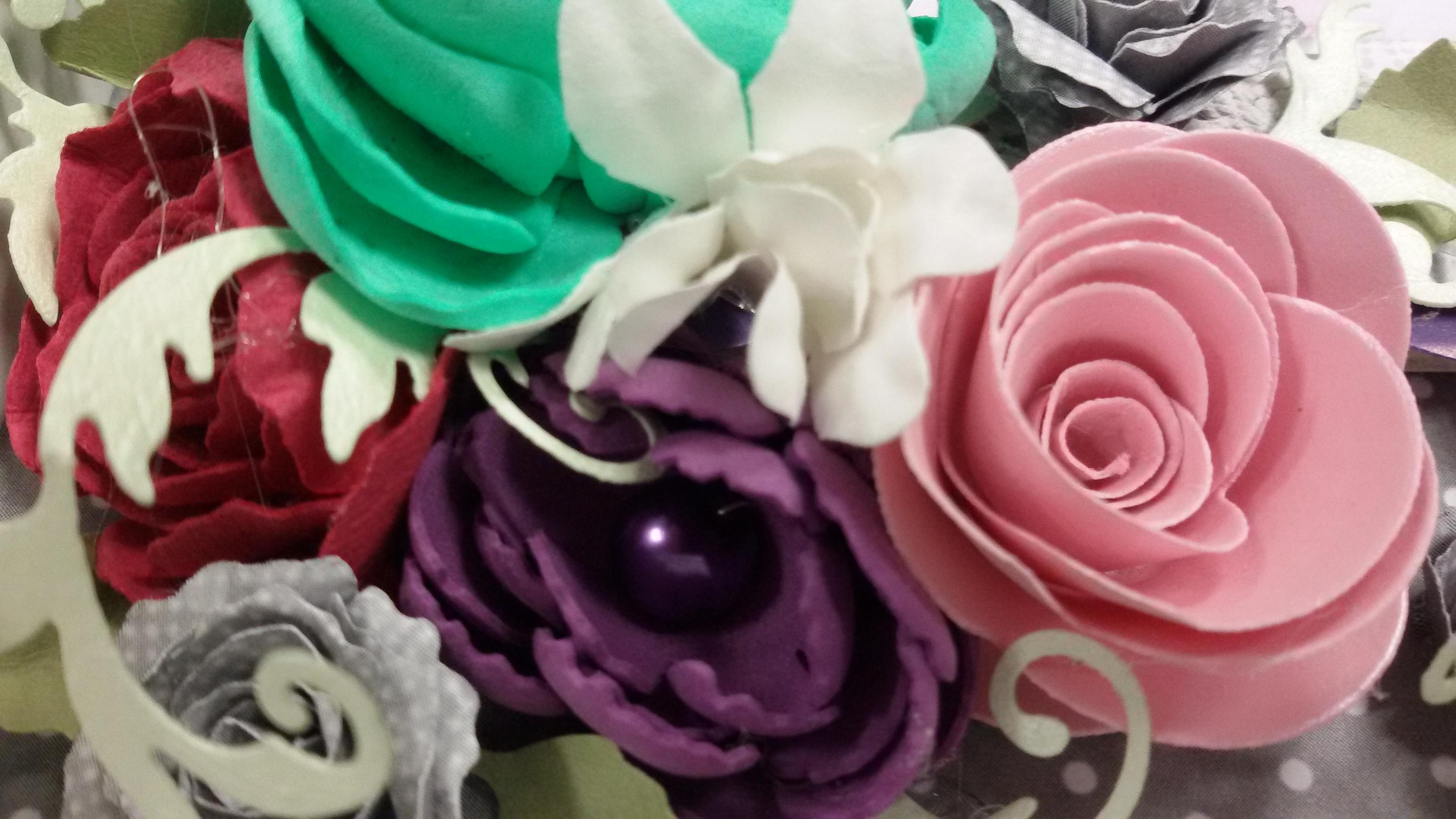 recznie robione kwiaty papier czerpany